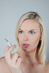 lady-smoker
